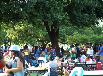 crowd (1)